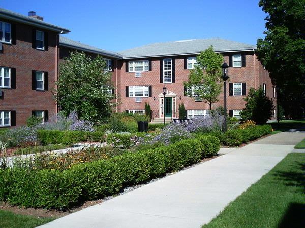 Albemarle Gardens - Franchi Management Company